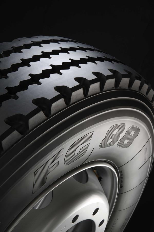 Prometeon_Pirelli_Truck_FG88_07