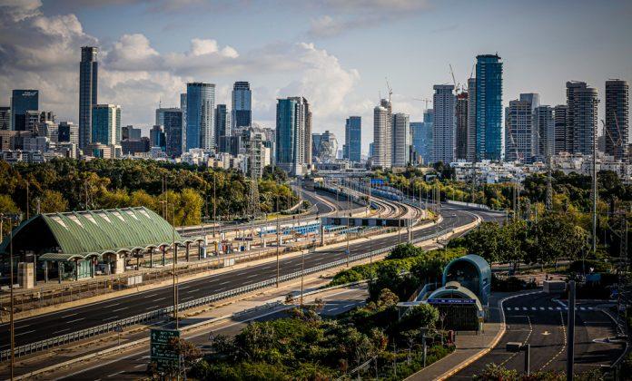 Tel-Aviv-University-Railway-Station-(Credit-Guy-Yechiely)