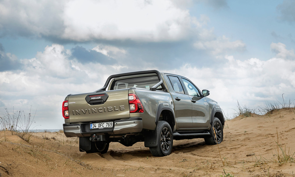 Yeni-Toyota-Hilux-3