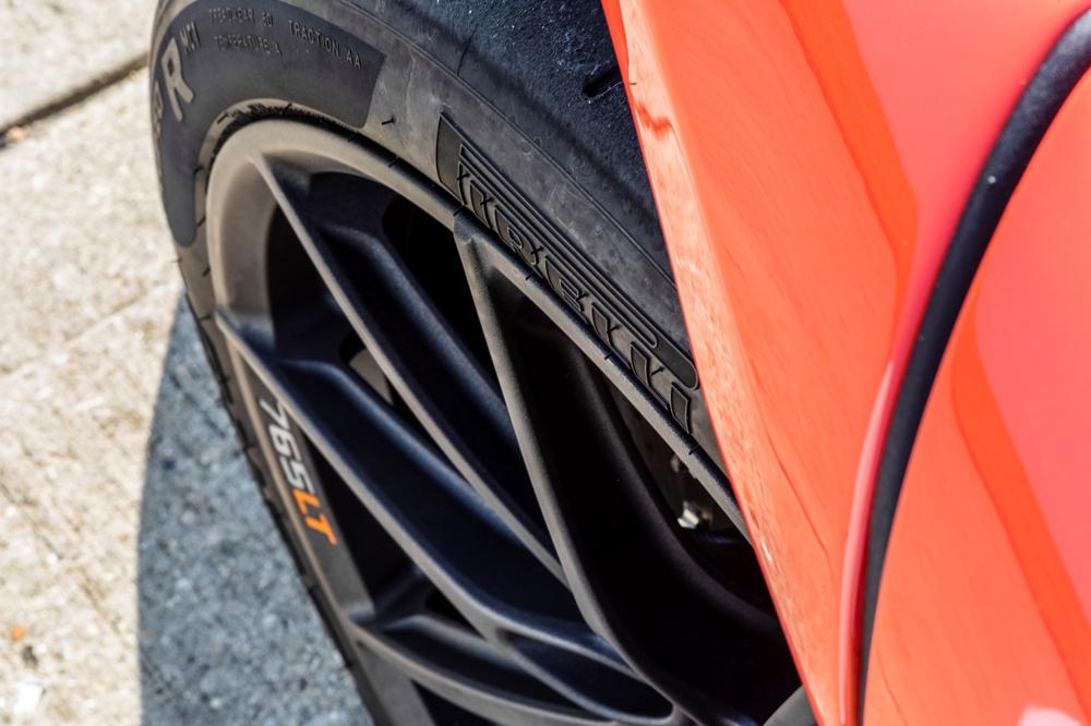 McLaren_765LT-TheDrive