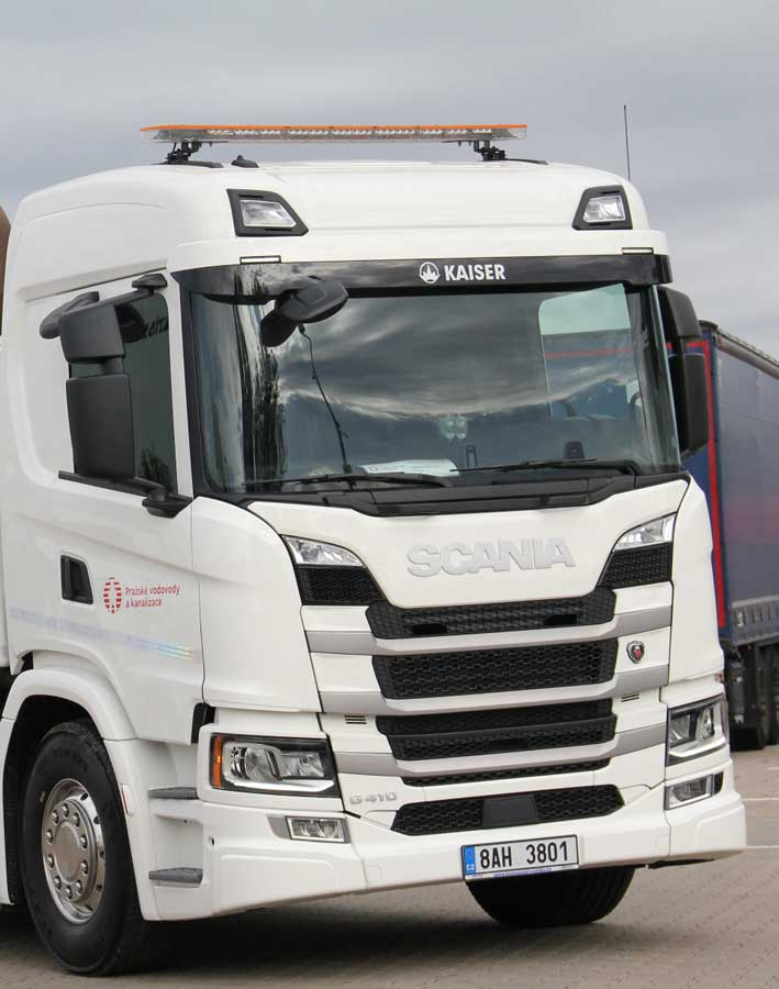 scania-Prague-deploys-Scania-biogas-truck-for-sewer-cleaning-01