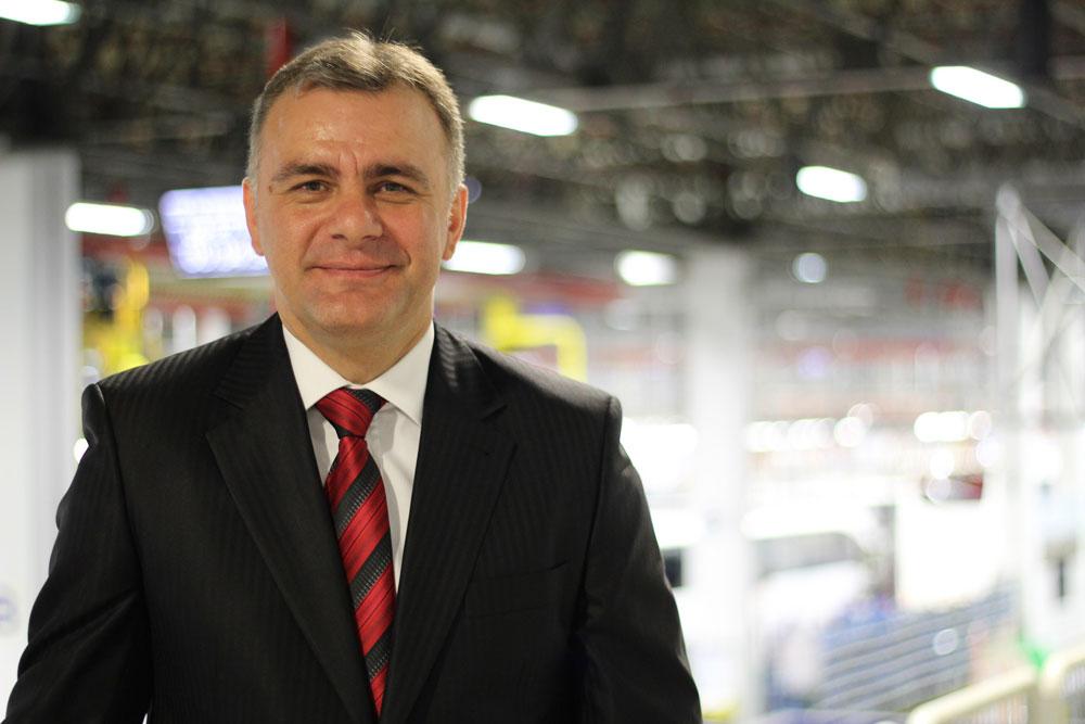 Mercedes-Benz-Turk-Otobus-Uretim-Direktoru-Bulent-Acicbe