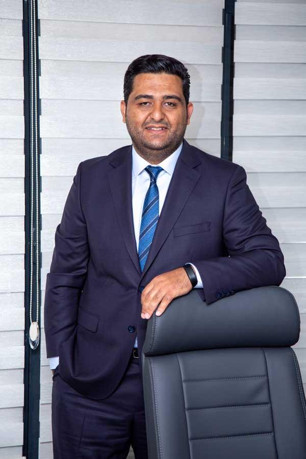 Otomerkezi-CEO-Ali-Karaka-02