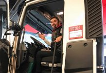 Renault_Trucks_Akademi_Canli_Sinif_Uygulamasi_Gorsel_2
