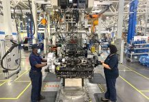 10-years-PACCAR-Engine-Plant-Mississippy---Assembly-Line