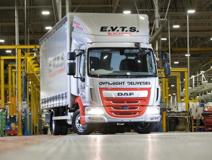 200000th-LF-built-at-Leyland-Trucks