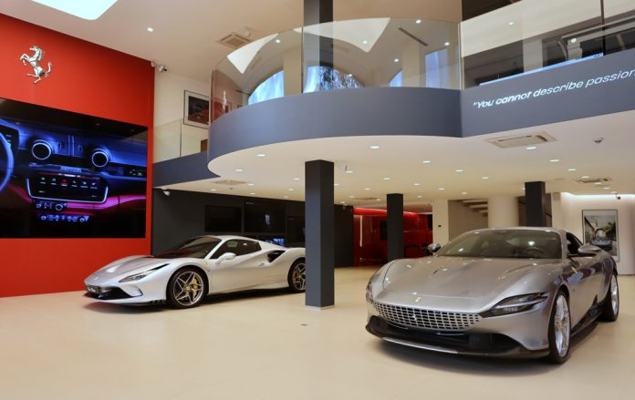 Ferrari-Showroom-03