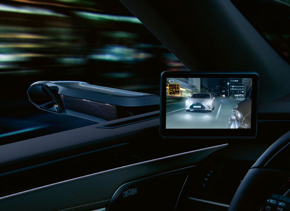 Lexus-ES-Dijital-Ayna-4