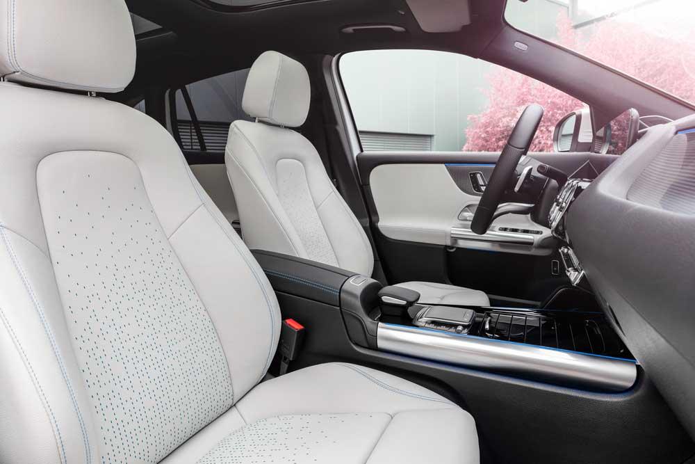 Mercedes-Benz-EQA-(9)