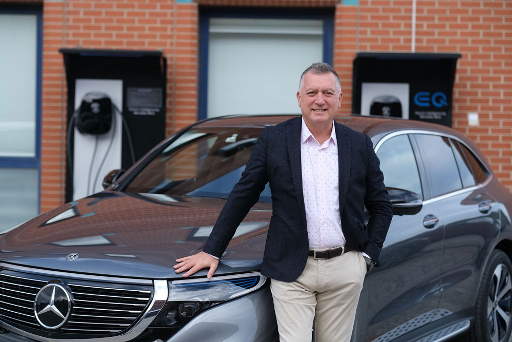 Mercedes-Benz-Otomobil-Grubu-Baskani-Sukru-Bekdikhan-ve-Yeni-EQC