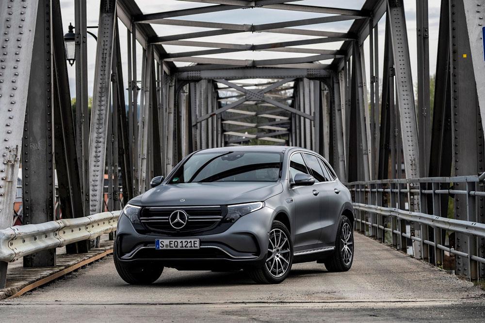 Yeni-Mercedes-Benz-EQC-01