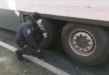 sirbistan-da-gorev-yapan-polislerimiz-kacak-gocmenlerin-hayatini-kurtardi-4