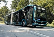man-bus-eot-lionscity18e-01