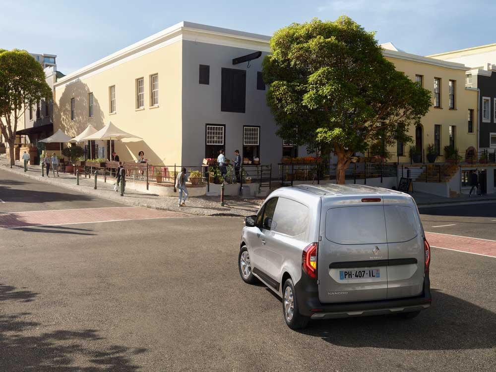 New_Renault_Kangoo_Van_on_location__2_