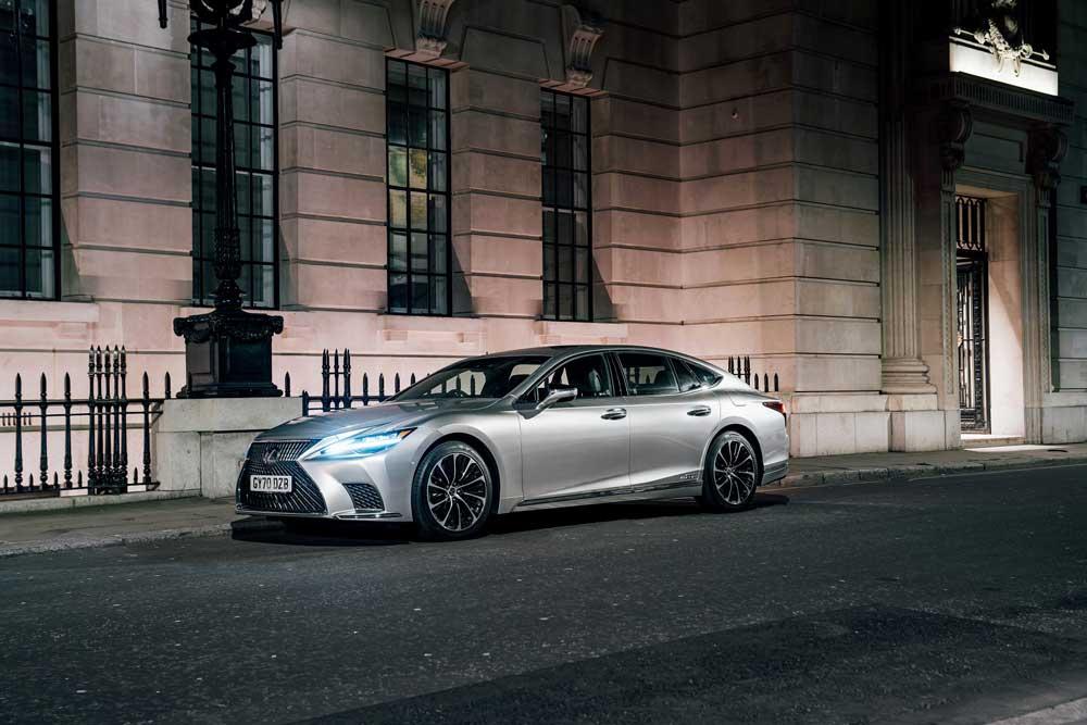 Lexus-Kusursuz-Boya-Teknoloji-4