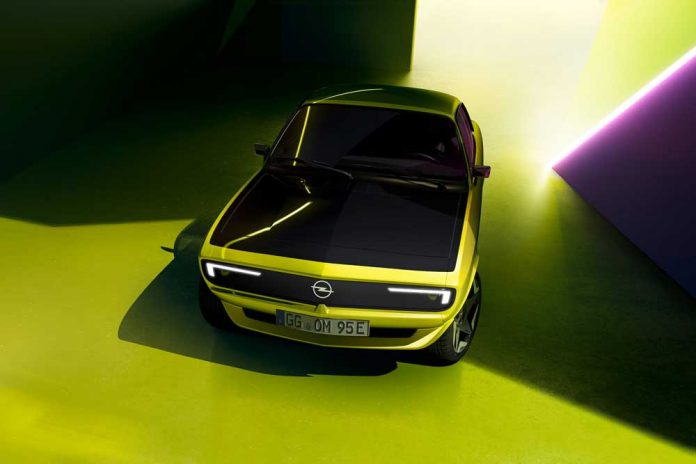 Opel-Manta-GSe-ElektroMOD-01