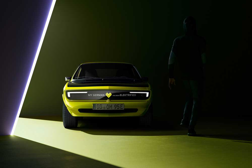 Opel-Manta-GSe-ElektroMOD-02