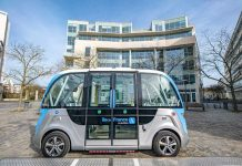 PR_new-autonomous-shuttles-in-St-Quentin_March-31-2021-2