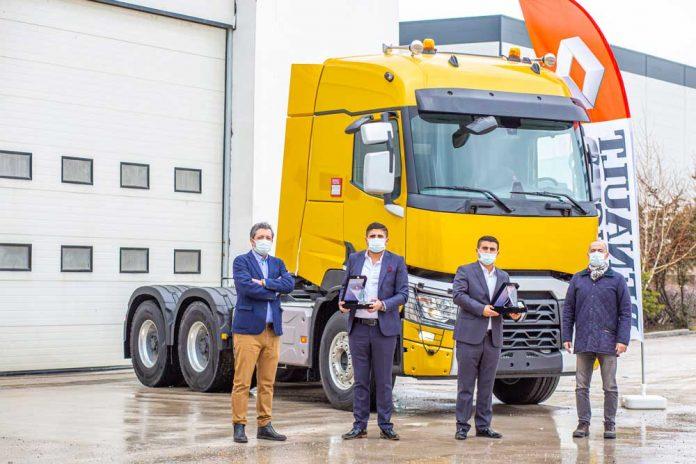 Renault_Trucks_Isiklar_Agir_Nakliyat_Teslimat_2