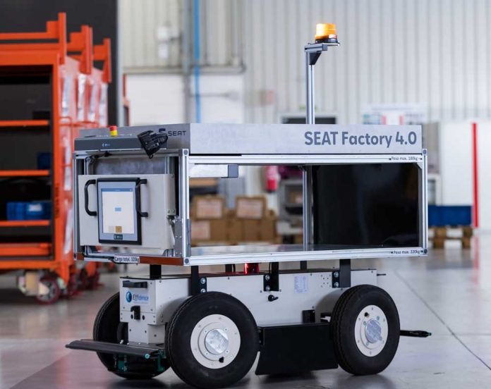 SEAT_SA_introduces_autonomous_mobile_robots_at_the_Martorell_plant_01_HQ