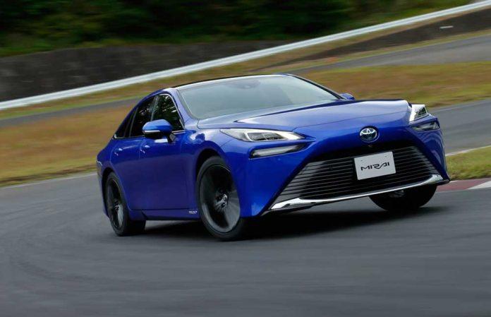 Toyota-Mirai-01