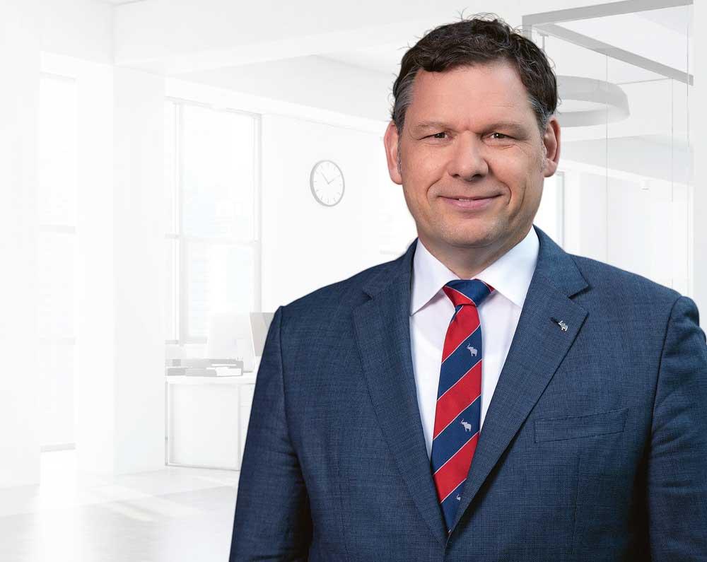 Boris-Billich_CSO-Schmitz-Cargobull