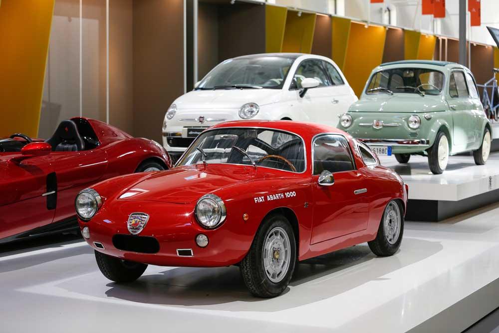 Fiat-500-ve-Fiat-Abarth-1000-01