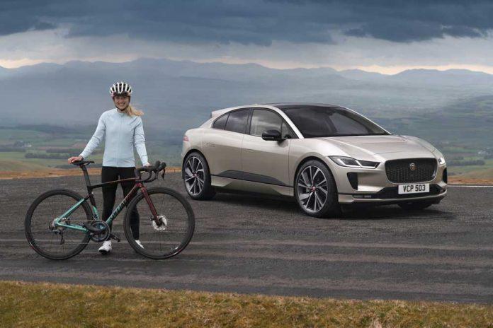 Jaguar_I_PACE_ve_Olimpiyat_ve_D__nya___ampiyonu_bisiklet__i_Elinor_Barker