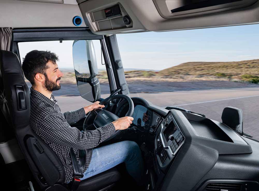New_IVECO_S-WAY_Cad_Driver_1_hi
