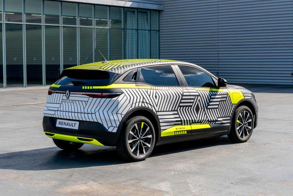 New_Renault_MEGANE_E_TECH_Electric_pre_production-01