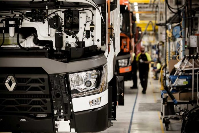 Renault-Trucks-Bourg-en-Bresse-plant_02