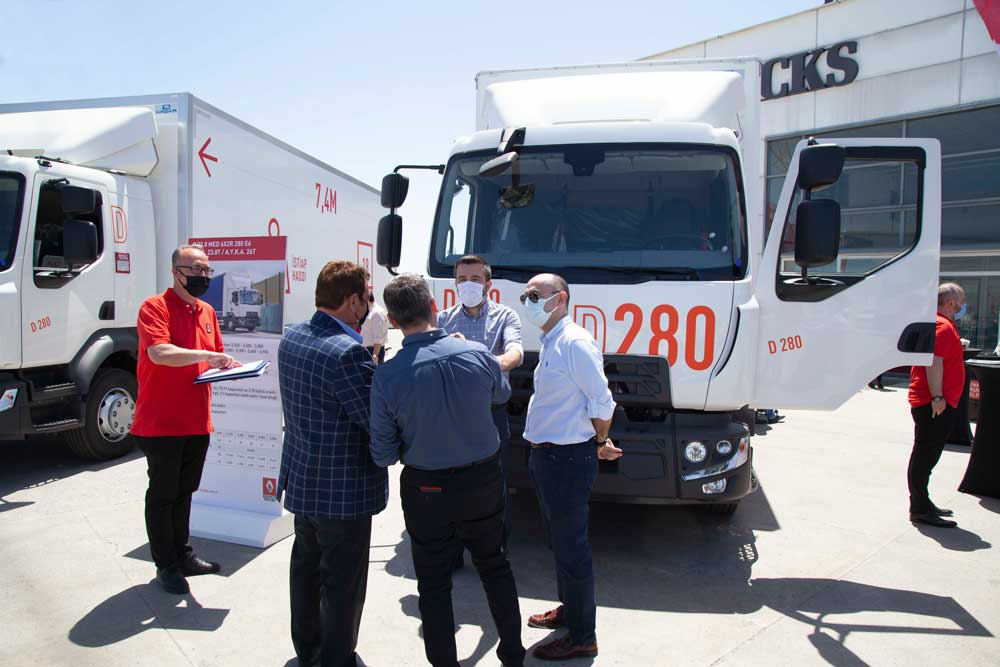 Renault_Trucks_D_MED_Roadshow_Koc__aslanlar_Otomotiv_Go__rsel_1