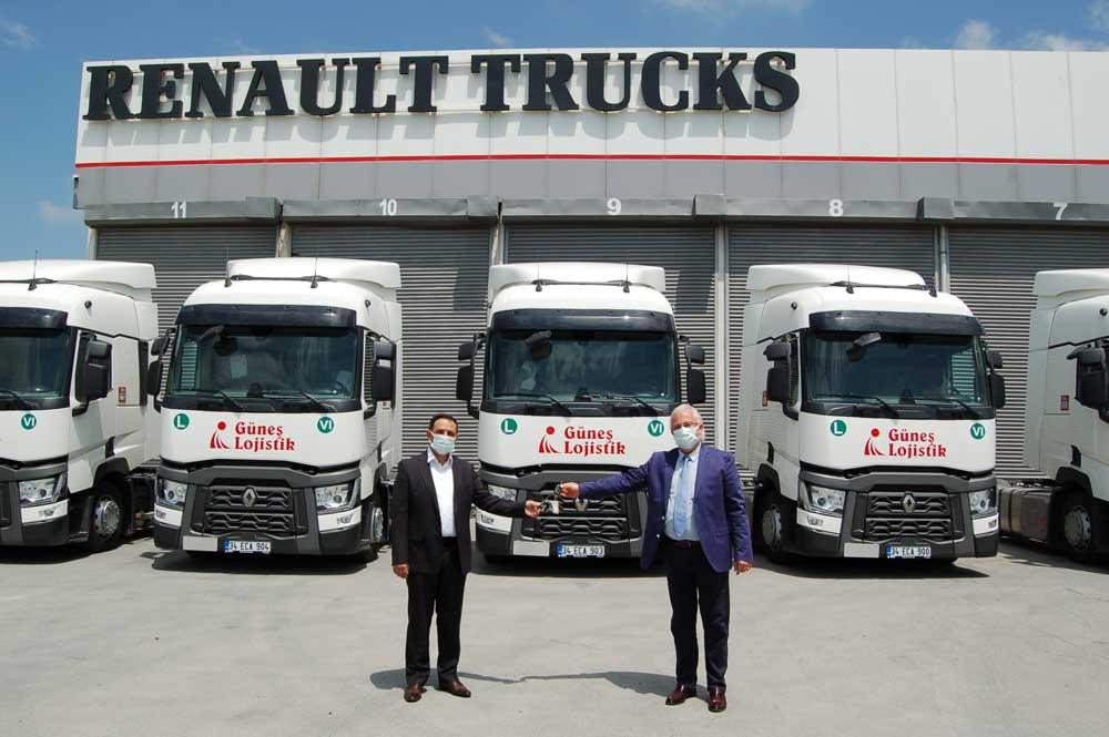 Renault_Trucks_Gu__nes___Lojistik_Teslimat_Go__rseli_2