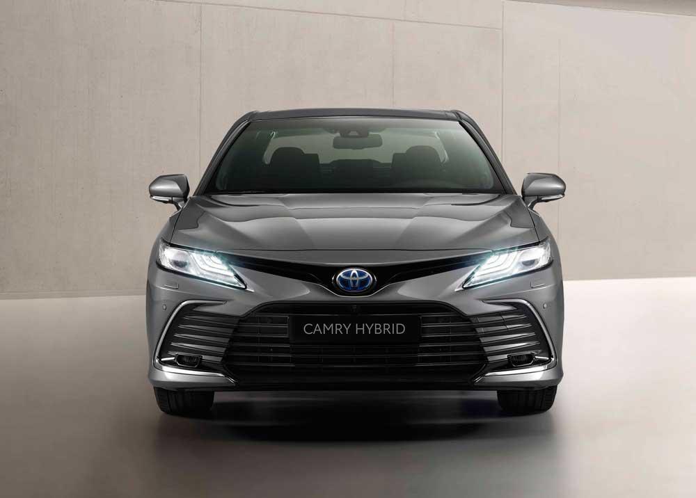 Toyota-Camry-Hybrid-5