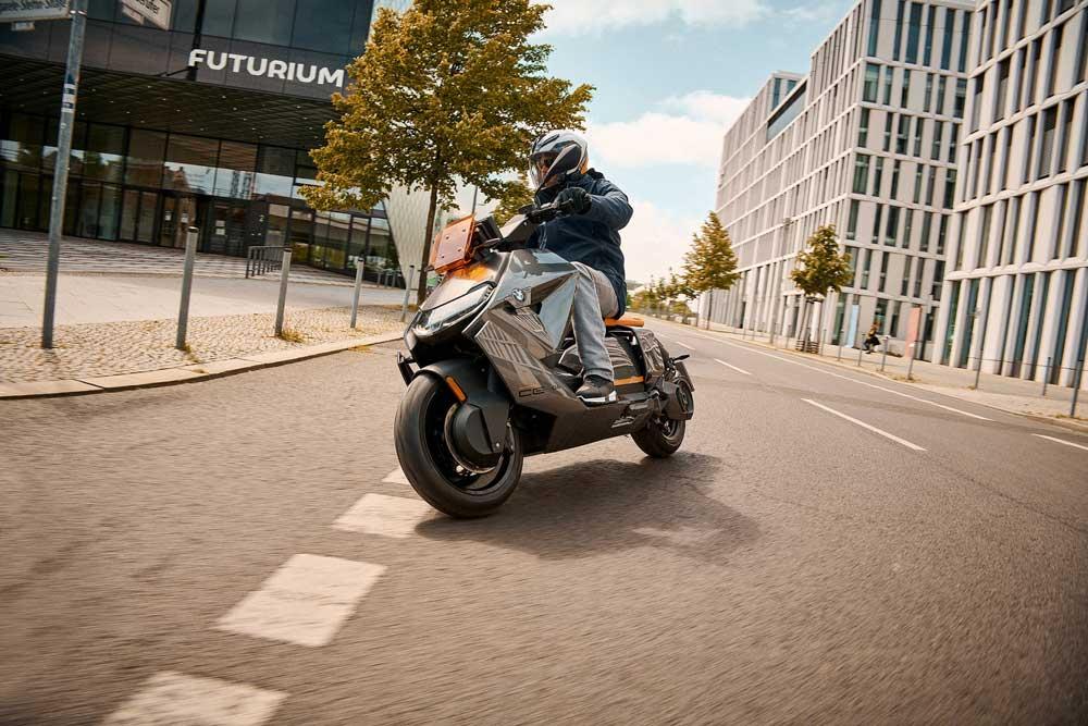 Yeni_BMW_Motorrad_CE_04___3_
