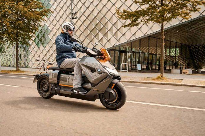 Yeni_BMW_Motorrad_CE_04___4_