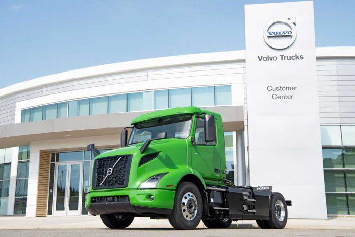 volvo-trucks-manhattan-beer-first-volvo-vnr-electric-on-production-line2