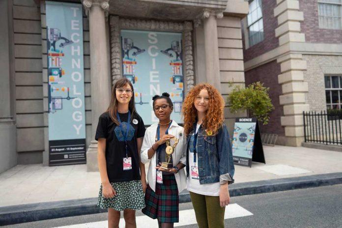 Toyota-Girls-STEM-the-Future-Programi